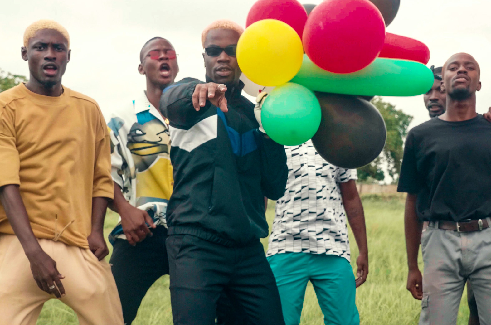 Darkovibes ft. AYAT – Bangers