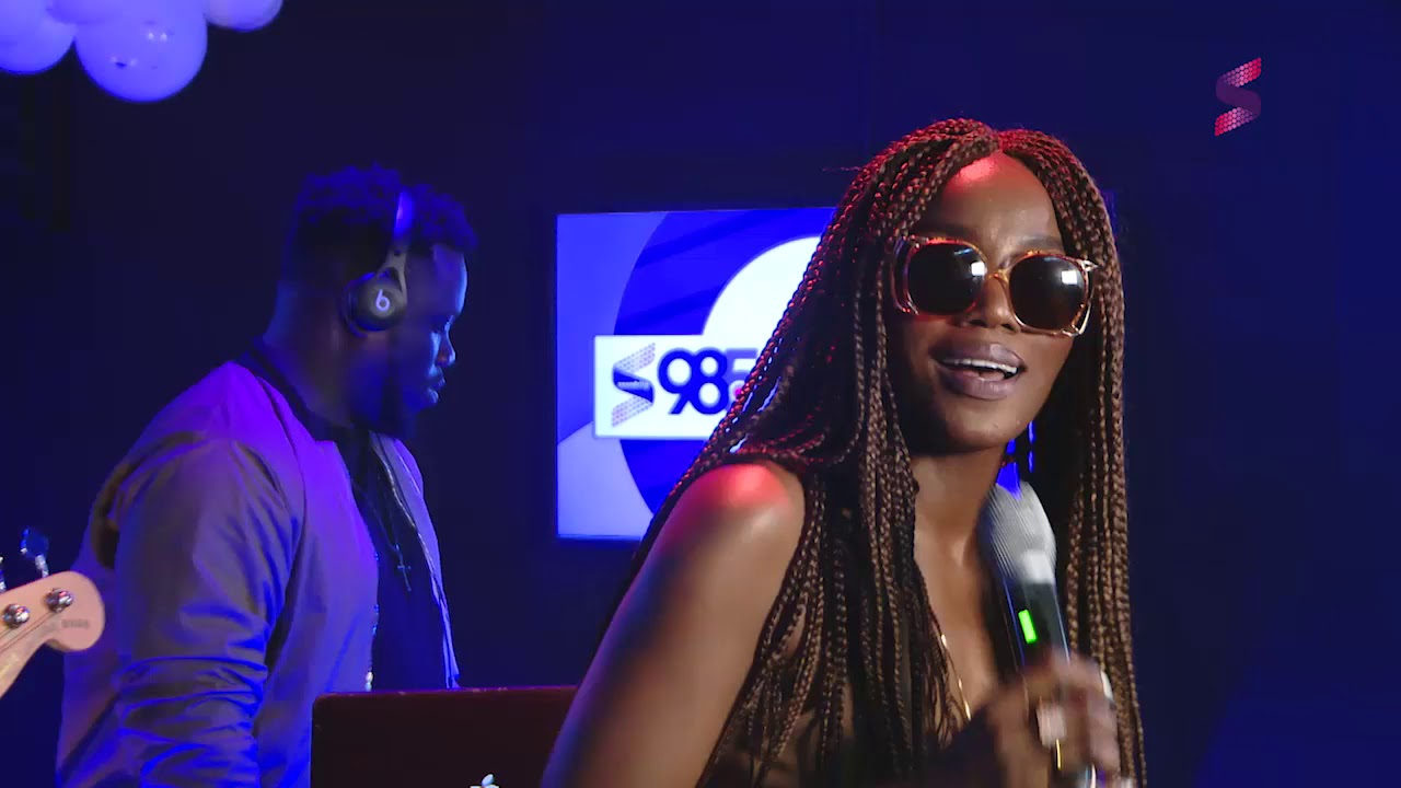 Seyi Shay Performing 'Yolo Yolo' at Soundcity 98.5 at 3 Live Sessions